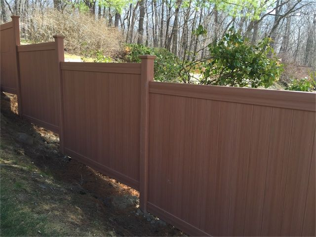 Installed 9 Sections Of 6 Ft High Chesterfield With Certagrain Texture Vinyl Fencing Manufactured By Bufftech In Decks And Porches Vinyl Fence Outdoor Decor
