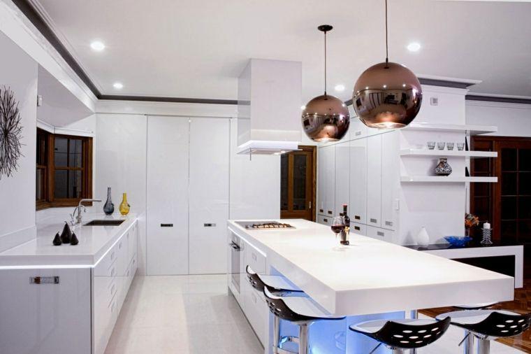 proposta tutta bianca per arredamento cucina moderna dotata di isola ...