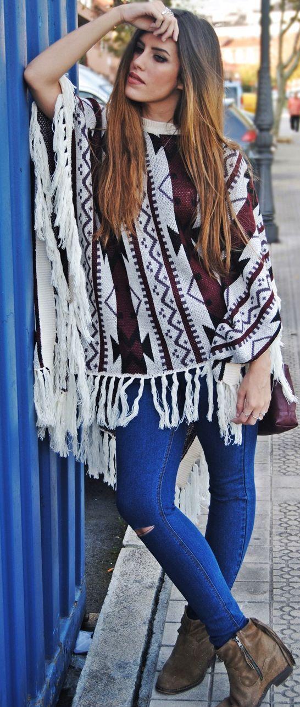 No Sin Mis Tacones Ethnic Poncho Fall Street Style Inspo #Fashionistas