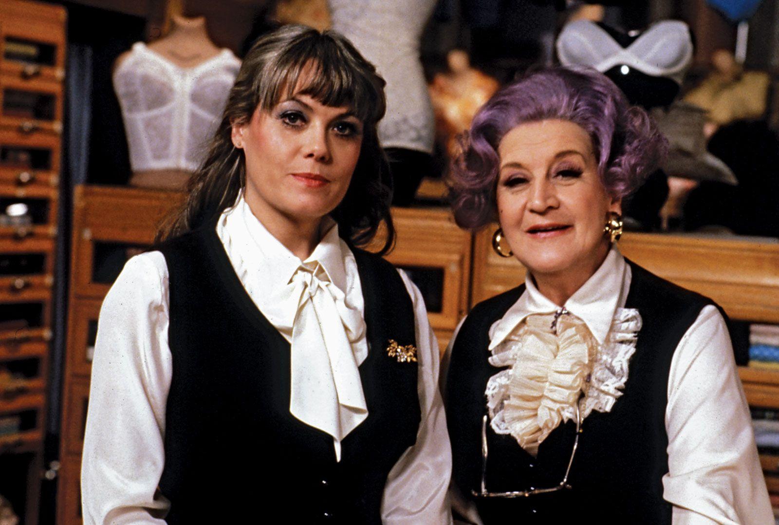 Tina Parker,Sheryl Cruz (b. 1974) Sex image Michelle Hurd,Barbara Woodell