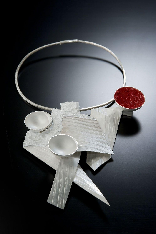 """Necklace   Alberto Zorzi.    """"Goldsmith Alberto Zorzi, combines experimental geometry and inventiveness in the constant exploration of materials"""" Accademia di Ravenna"""