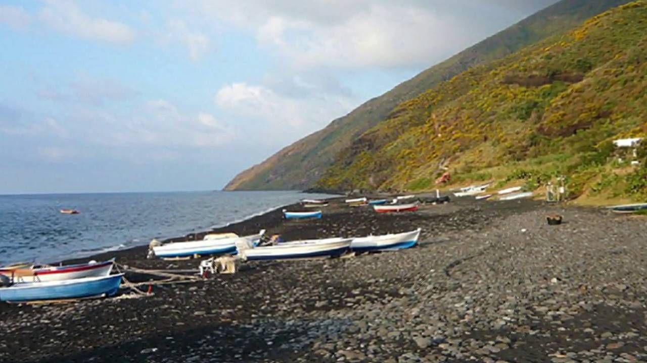 Le spiagge più belle della Sicila Isole Eolie Spiagge