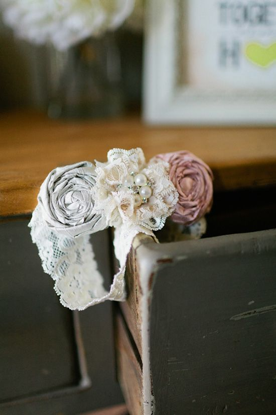 These look like the garter and toss garter my sister ordered for me off etsy <3