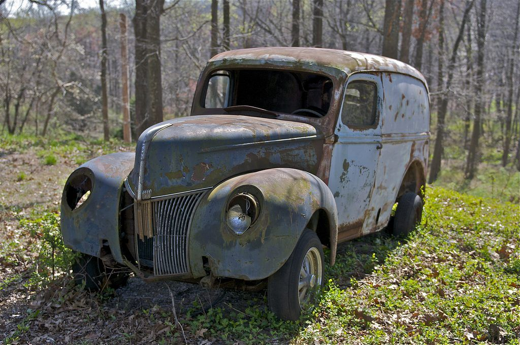 Abandoned Trucks and Cars in the Pennsylvania Woods | Panel Truck ...