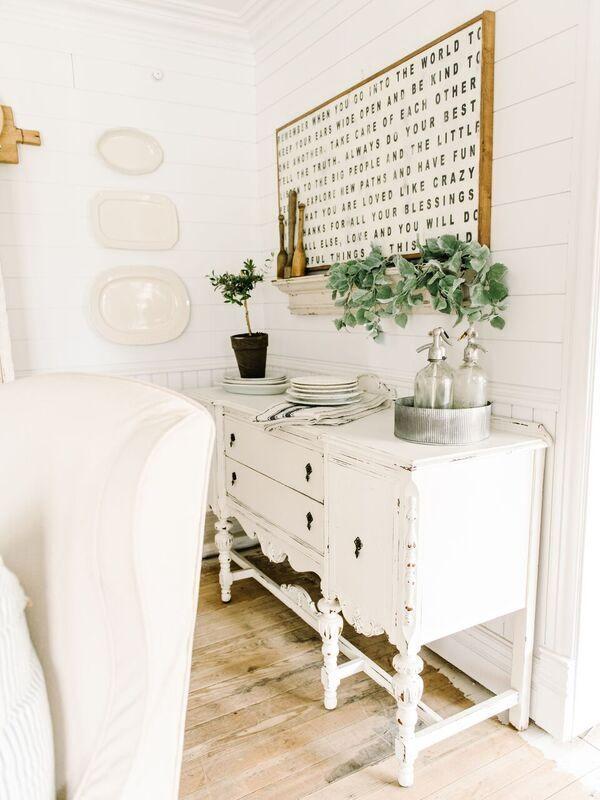 Sideboard Table Decor