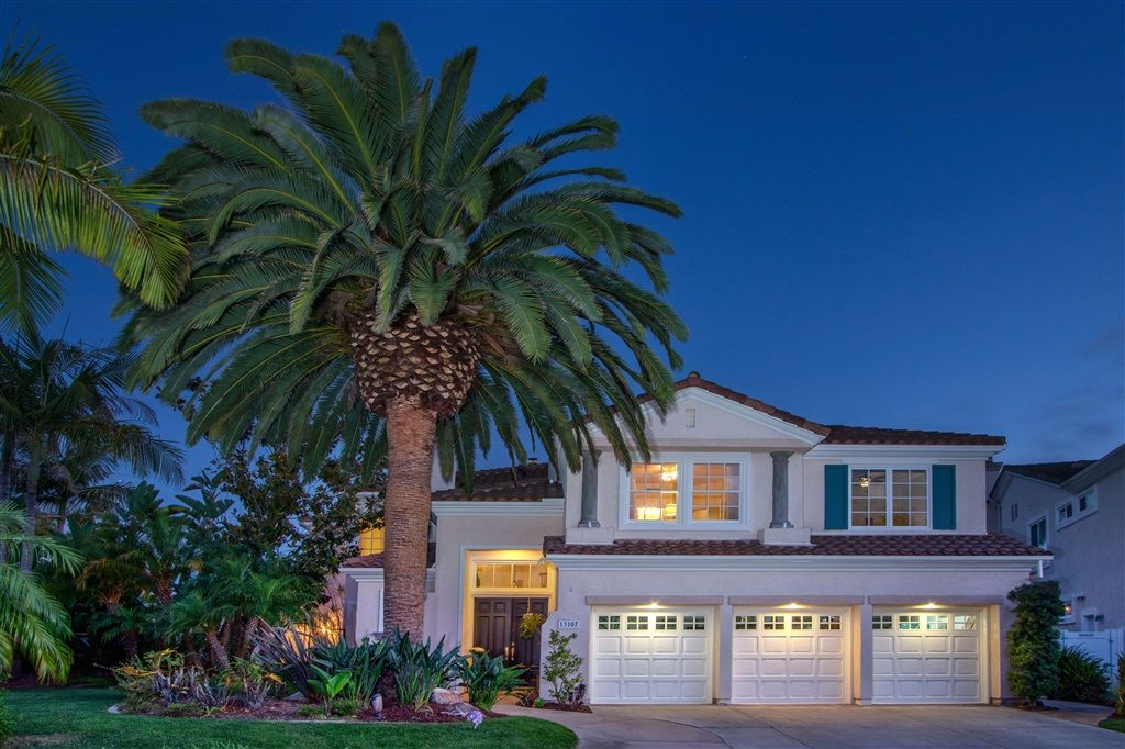 Luxury Real Estate For Sale In San Diego Ca 92130 Check Out This 5 Bedroom 5 5 Bath Lis San Diego Houses San Diego Real Estate California Real Estate
