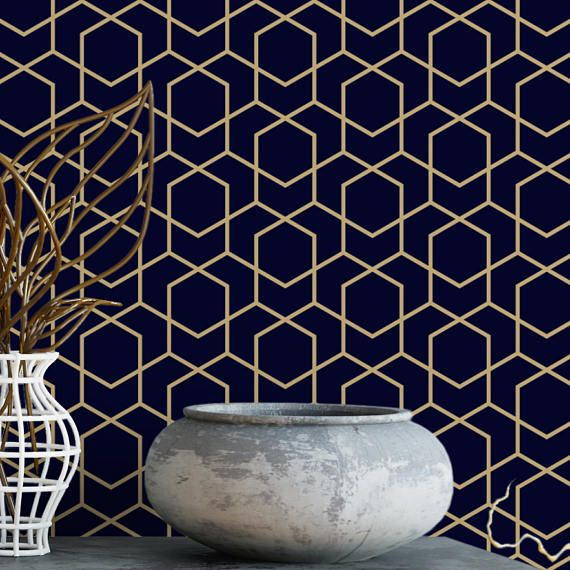 Create a luxurious sanctuary with this navy and gold wallpaper. This design would make the coziest, hotel-esque bedroom with the addition of a crisp white duvet. We think the design would also look stunning in an office, den, or bathroom. Would you like a sample of this wallpaper? Try our $5 Tester Kit here >>>>>>> http://etsy.me/2p5mmEf In the Notes section at checkout, tell us which three designs from our shop youd like to receive. The Tester Kit comes wi...