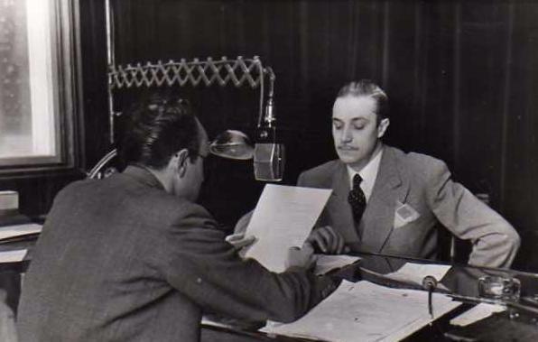 En el aire. RADIO NACIONAL ESPAÑA, década del 40.