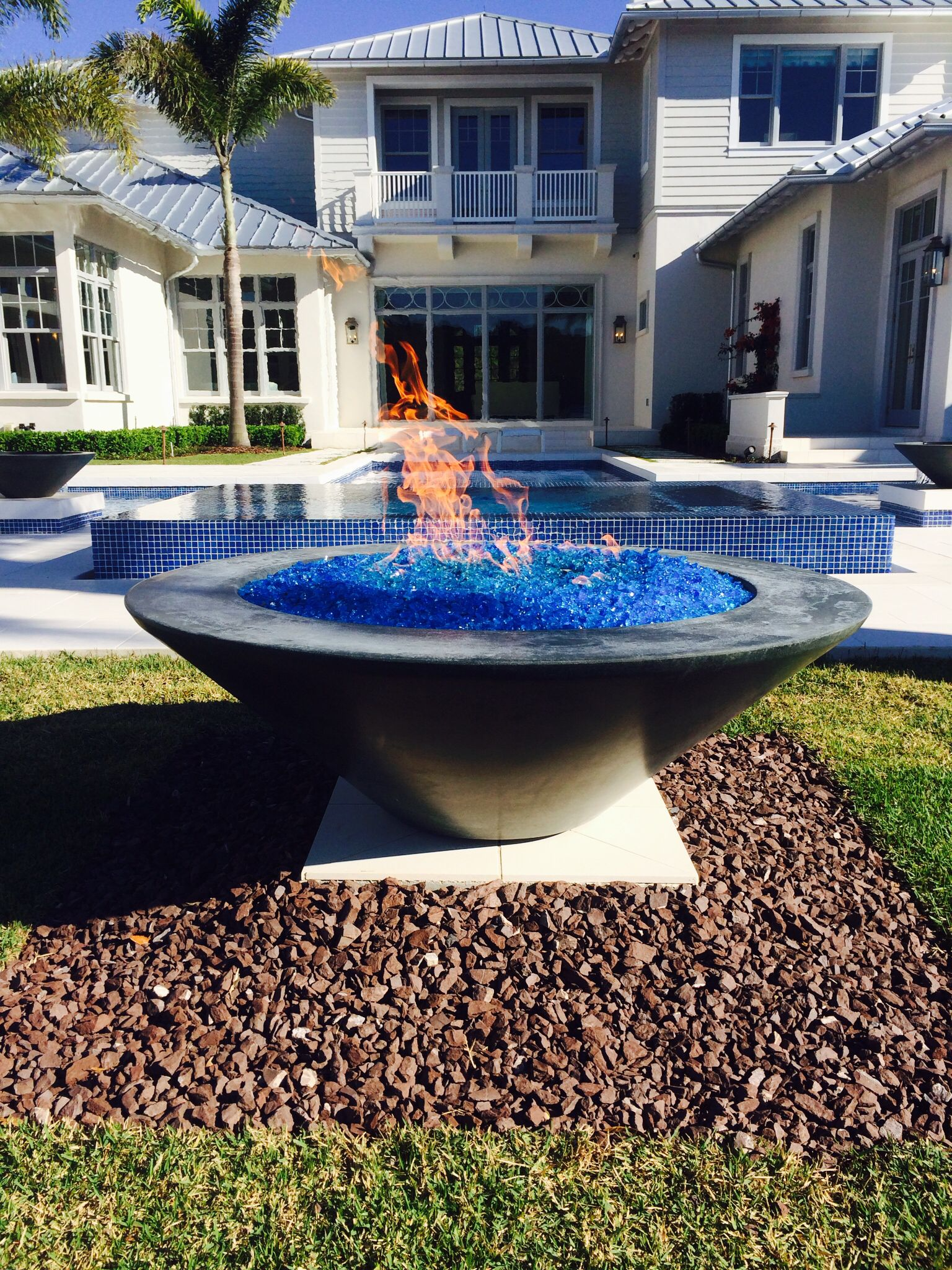 48 essex automated fire bowl water and fire bowls pinterest