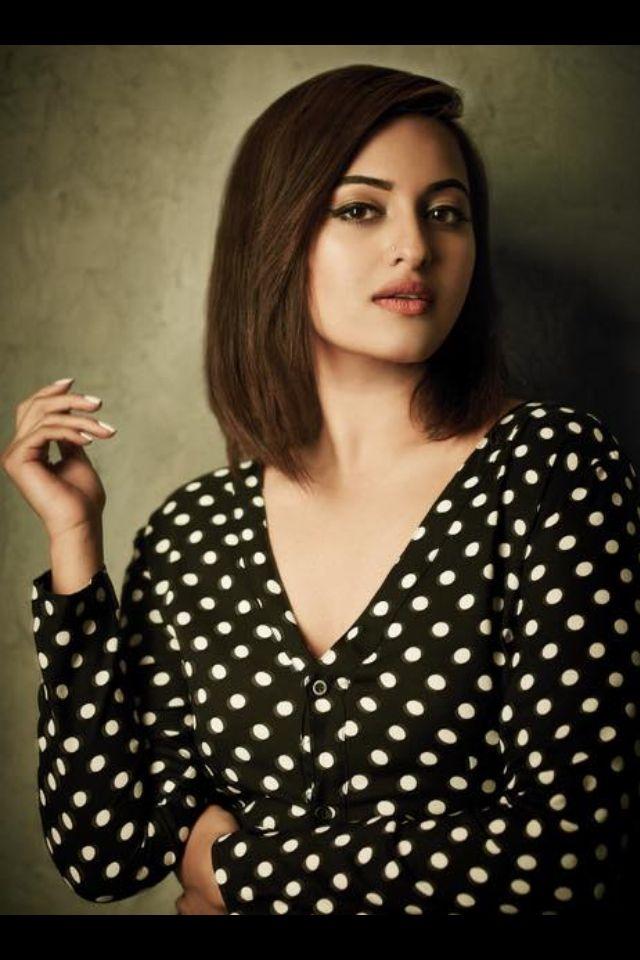 Beautiful Sonakshi Sinha Sonakshi Sinha Sonakshi Sinha Saree Glamour Ladies