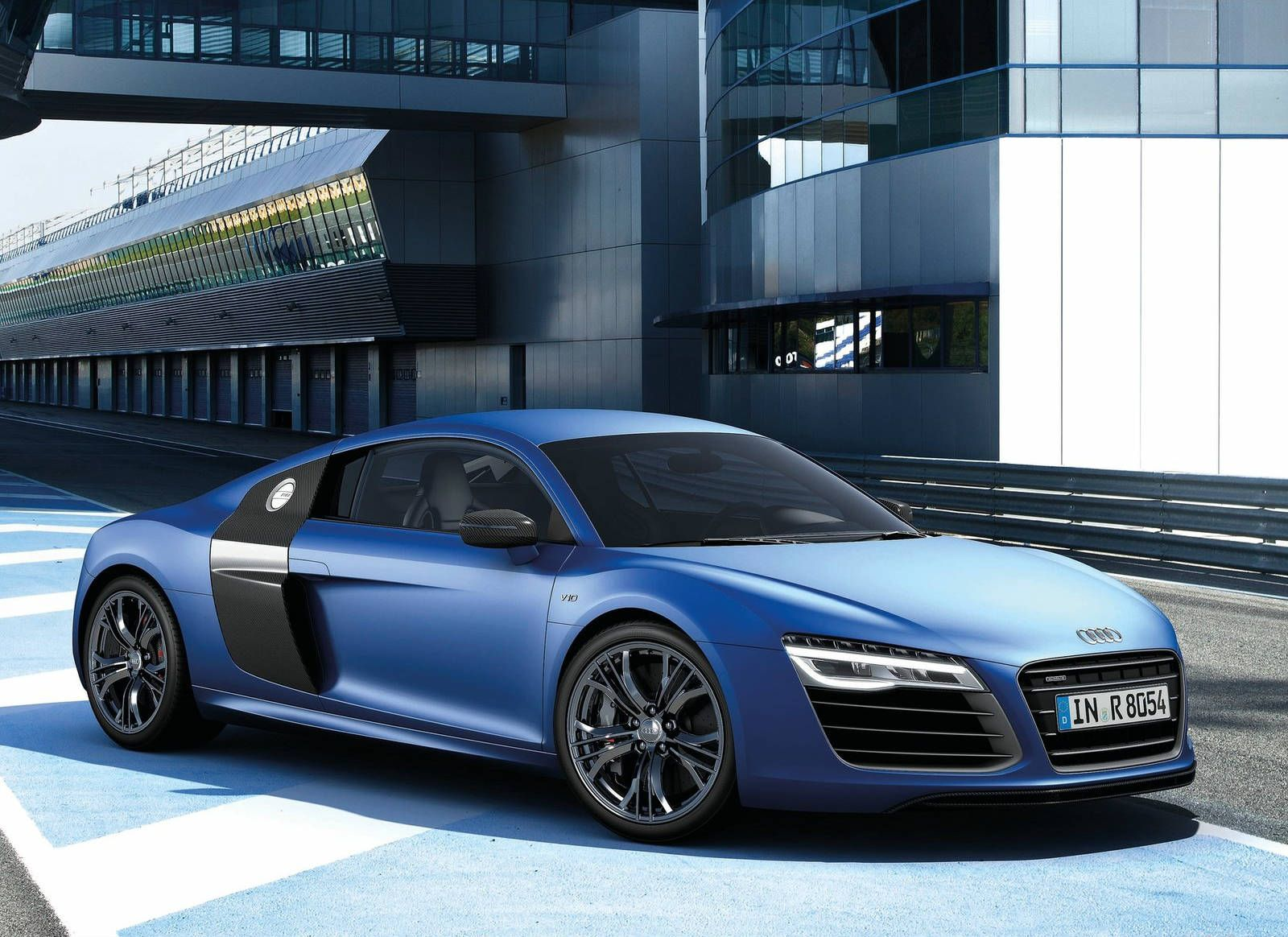 Lovely Audi R8 V10 Plus 2014 Front View   Cars Picture