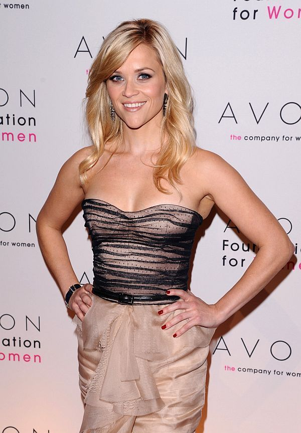 Reese Witherspoon - Leaked Personal Topless Pictures | Hot