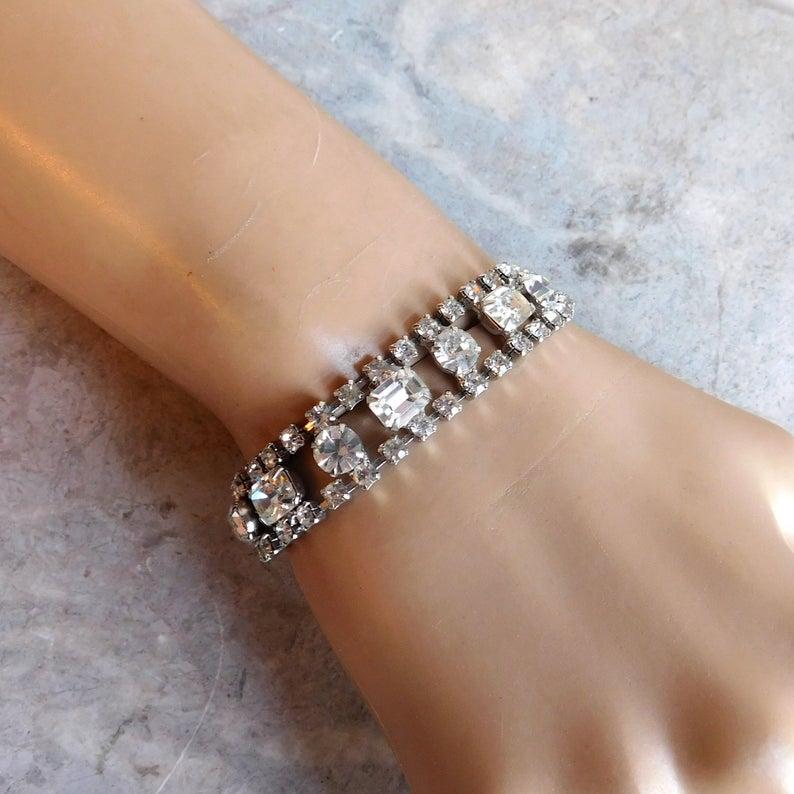 Vintage sparkly rhinestone necklace and bracelet set