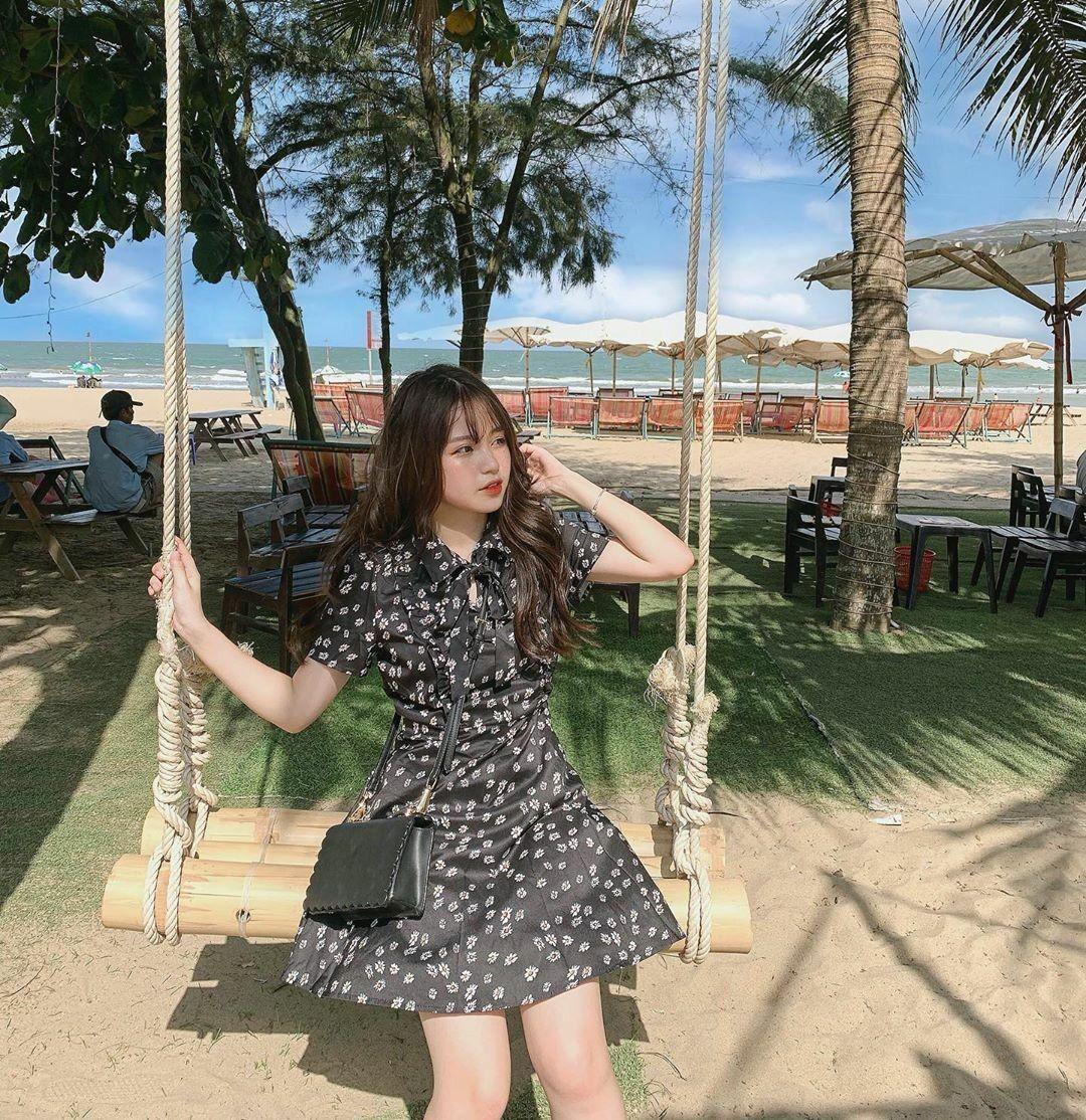 Pin oleh C🔮 di Idea Photo Poses Wanita, Pantai