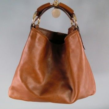 929a0723769 Gucci Hobo Bag. Hobo bags are hot this season! The Gucci Hobo Bag is a top  10 member favorite on Tradesy. Get yours before they re sold out!