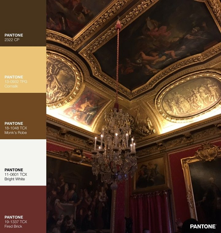 New Year's Eve in Paris + Pantone Palette | fabmood.com #paris