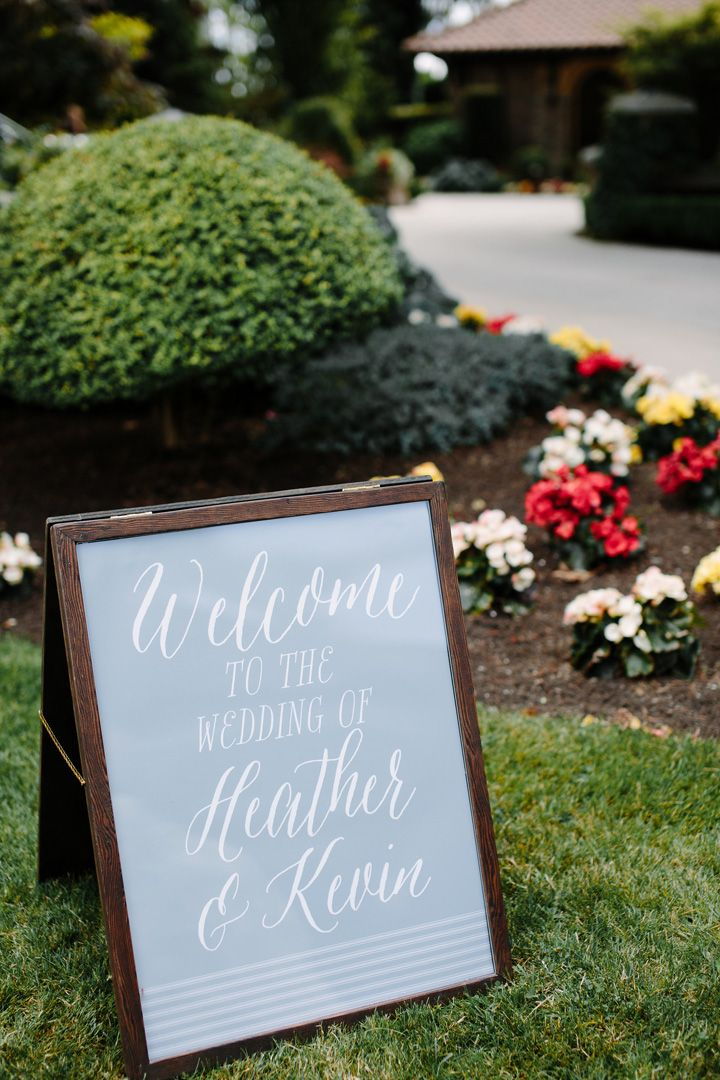 Wedding welcome sign | fabmood.com #weddingsign #welcomesign