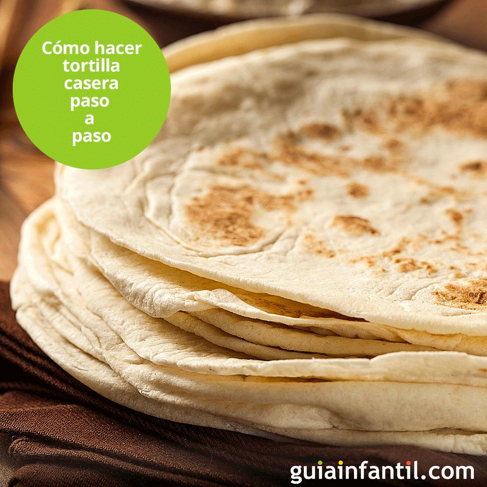 Las #tortillas o #tortitas se usan para envolver diferentes tipos de rellenos y combinaciones. Es una receta típicamente mexicana. Te enseñamos a hacer #wraps paso a paso. http://www.guiainfantil.com/recetas/internacionales/mexicanas/tortillas-mexicanas-receta-de-masa-para-wraps/