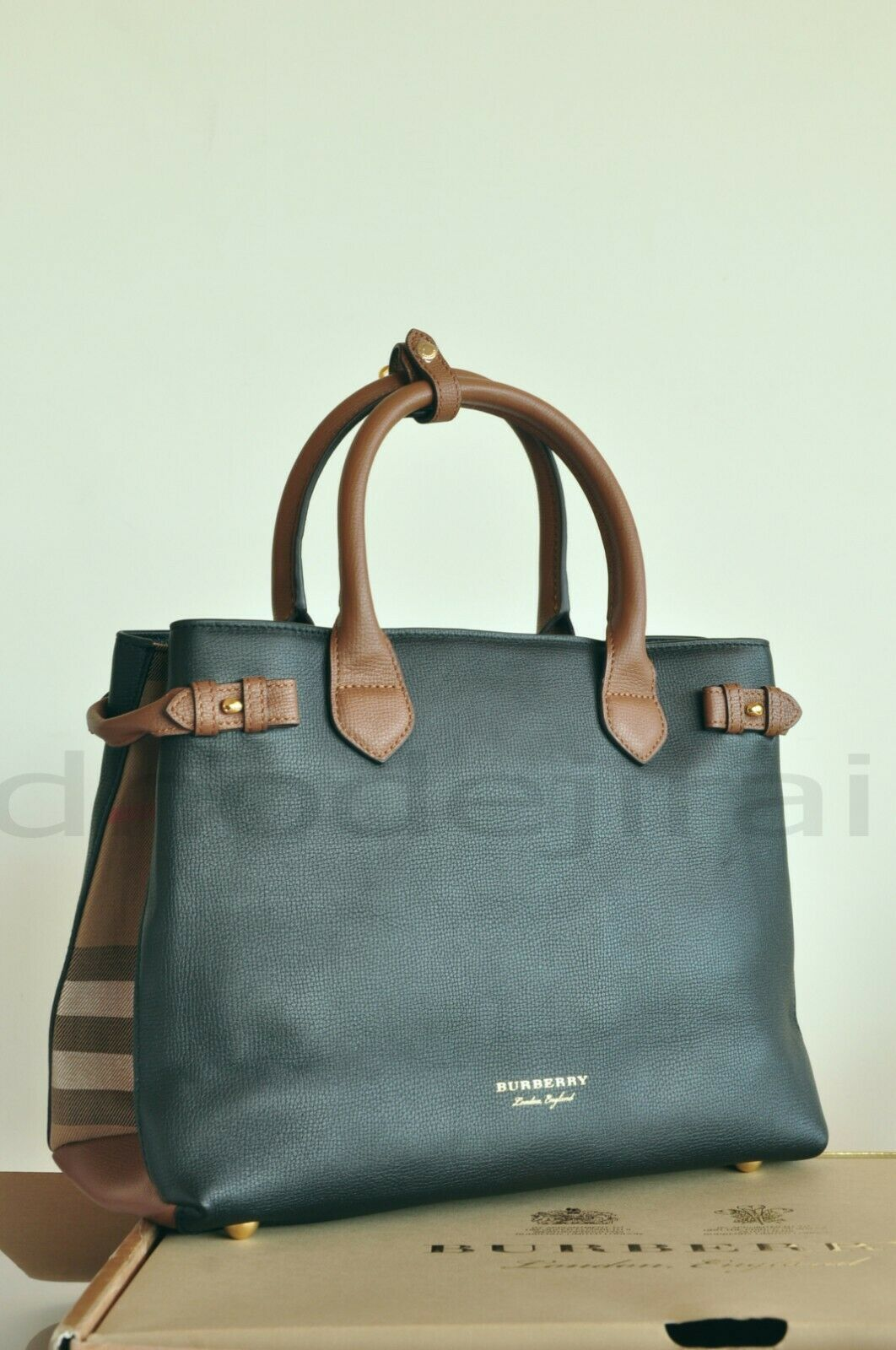 775743315b6c Details about Burberry Women s Small Alchester in Horseferry Check ...