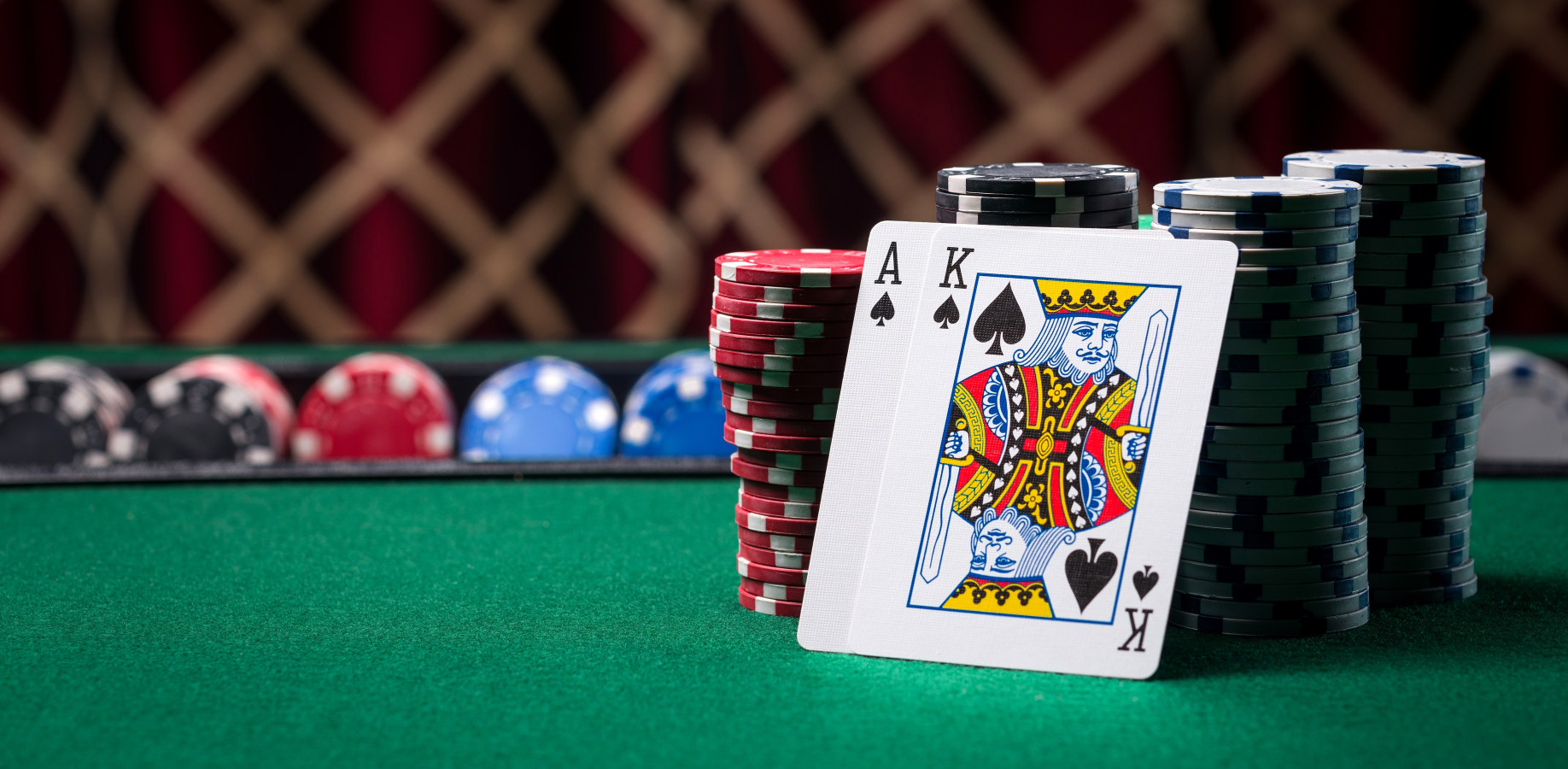 Texas Hold'em ( also known as Texas holdem, hold 'em