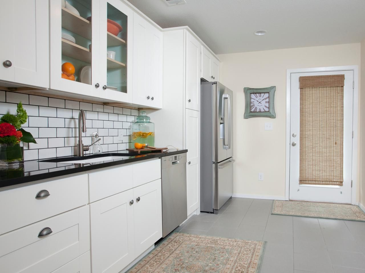 Pictures of Small Kitchen Design Ideas From | Hgtv kitchens, Hgtv ...