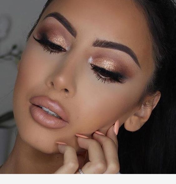 Photo of Beautiful rose gold eye makeup