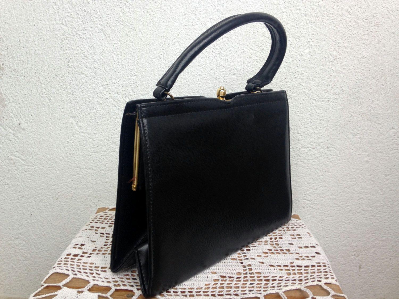 Classic 60s Black Kelly Purse Structured Handbag Boxy Bag Metal Frame Kiss Lock Closure Faux Leather Minimalist Vinyl By