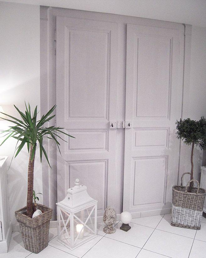 Ceci Est Une Fausse Porte Le Papier Peint Trompe Loeil Double - Papier peint porte