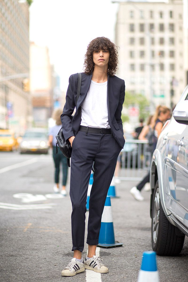 super popular fb7b1 b392a NYC Style  Fashion Week from the Street - HarpersBAZAAR.com
