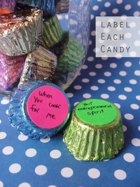 Labeling candy with 25 things i love about you gift ideas labeling candy with 25 things i love about negle Choice Image