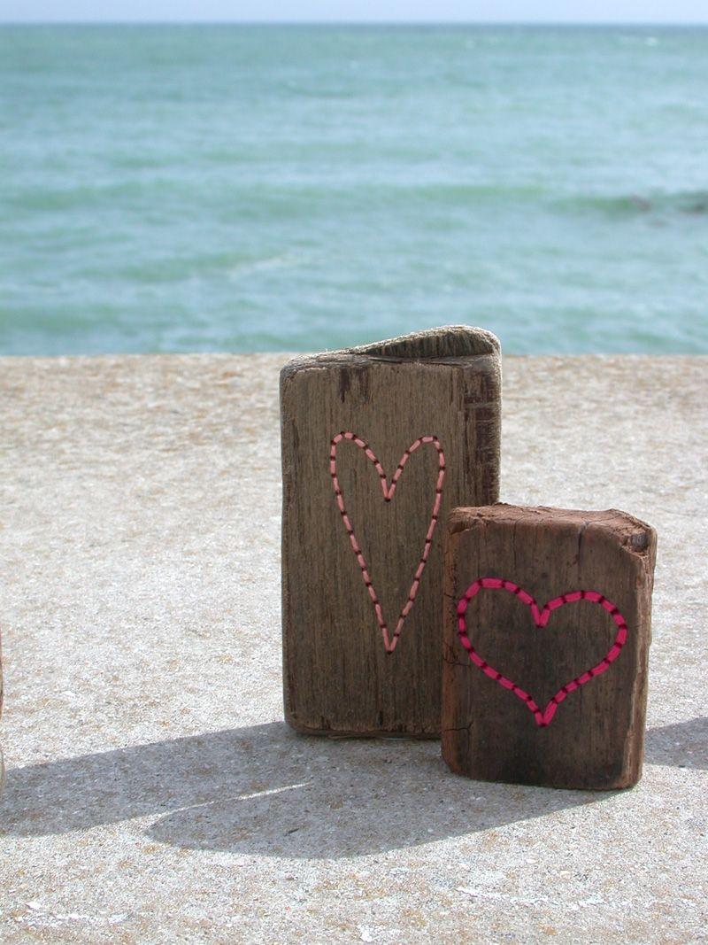 Driftwood Hearts Ella Robinson Arts And Crafts Dyi Art Yarn Bombing