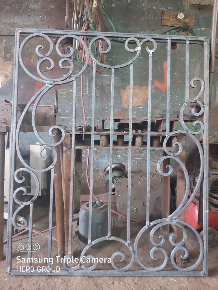 حديد كريتال شباك In 2020 Wrought Iron Doors Iron Doors Wrought