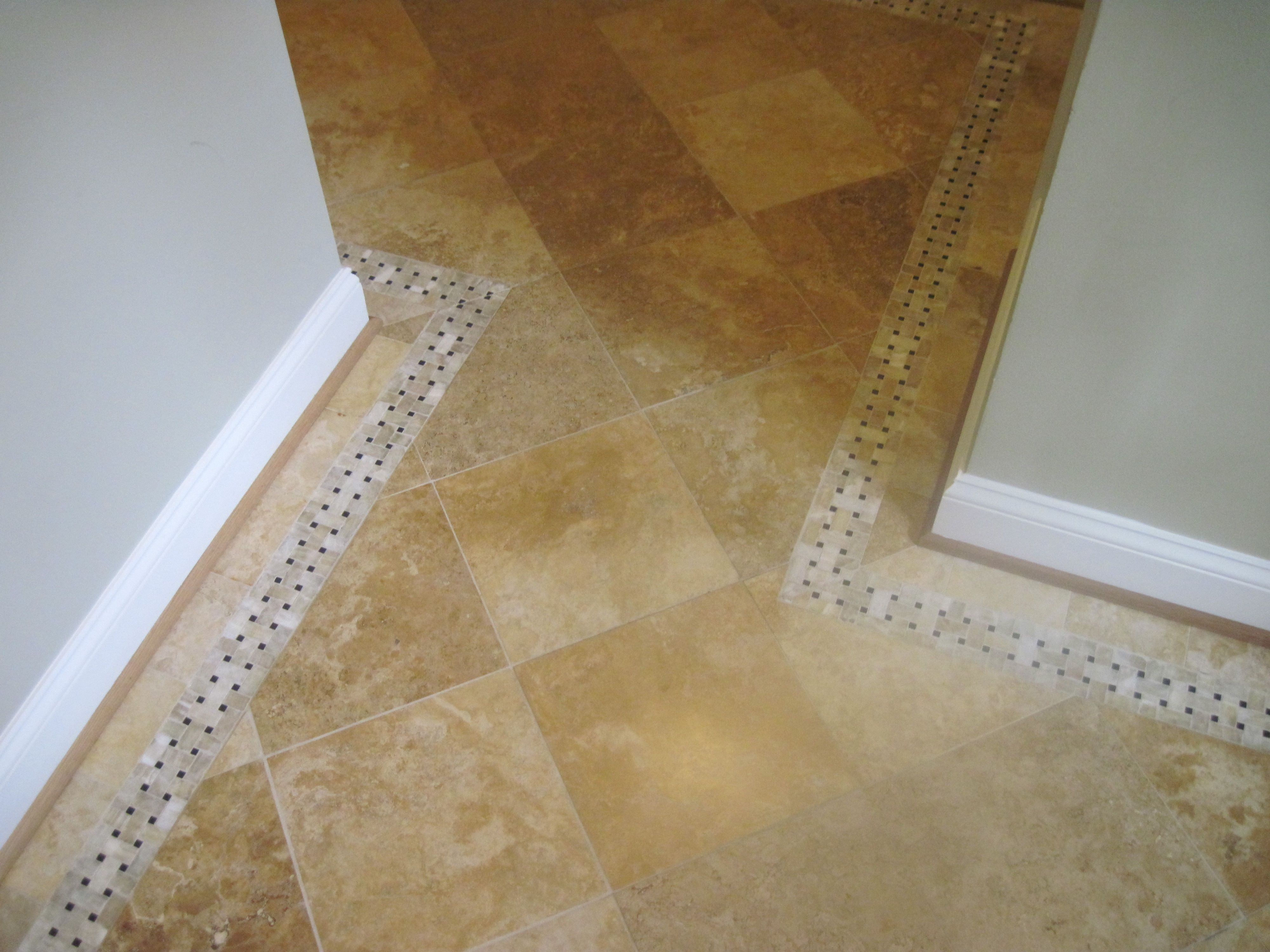 TileFloorInlayBorder.jpg | Floor Boder | Pinterest | Bathroom ...