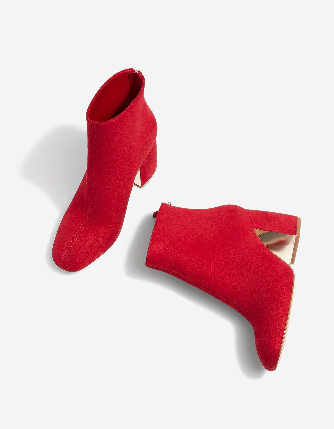 ankle Red detail with heel boots CoatsStradivarius Aj45RL