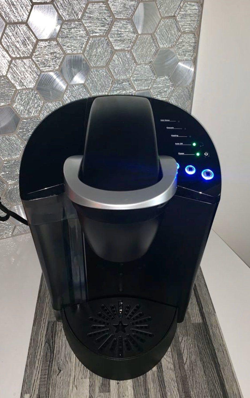 Like new, works perfectly . Keurig coffee makers, Keurig