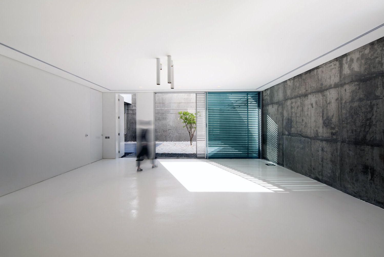 Gallery Of F.LOT / Studio Toggle - 4