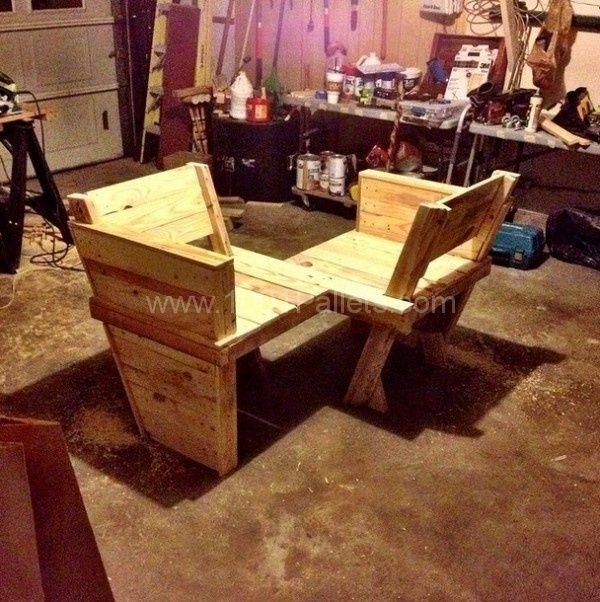 Pallet Conversation Bench Outside Pinterest Paleta de madera - como hacer bancas de madera para jardin