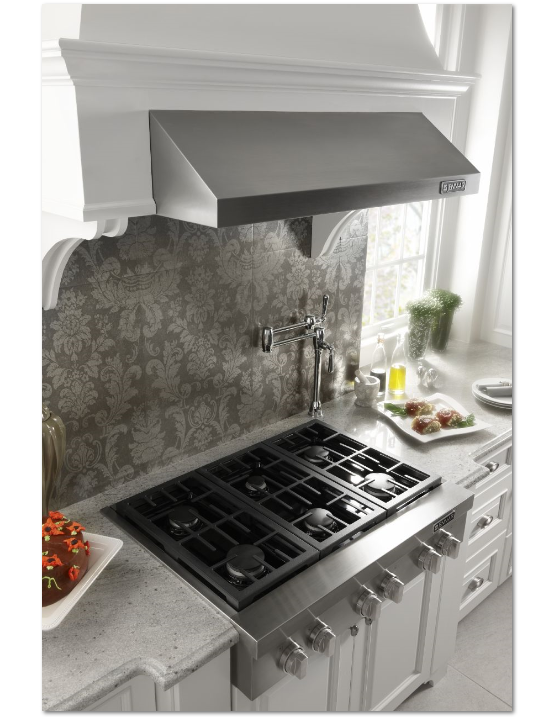 Cook With The Same Power As Your Favorite Chef In Your Own Home The Jenn Air Pro Style Gas Ran Kitchen Appliances Luxury Kitchen Design Kitchen Design Gallery