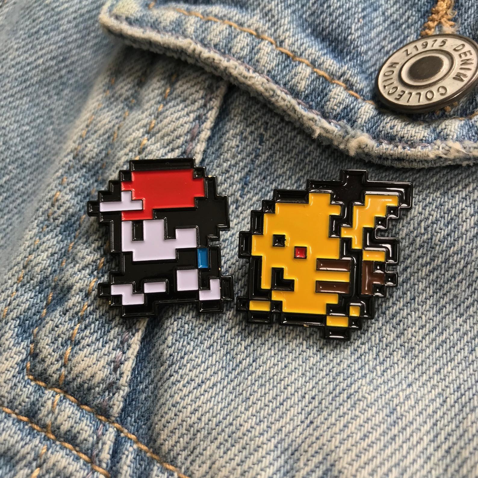 Classic Pokemon Sprite Pixel 8 bit Enamel Pin BadgesPokemon Red Blue Yellow