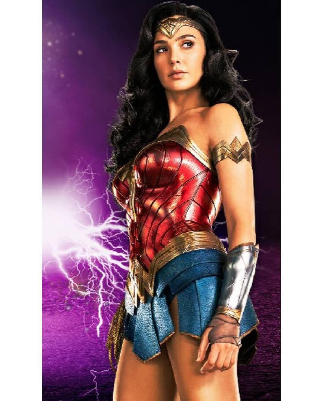 675 Me Gusta 22 Comentarios Comic Fanpage Courts 022 En Instagram New Wonder In 2020 Gal Gadot Wonder Woman Justice League Wonder Woman Wonder Woman Outfit