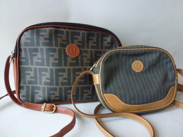 Fendi - Schoudertasjes De grotere tas (26 cm. breed 19 cm. hoog 6 cm ... 22328a87802