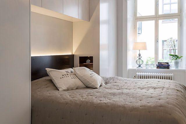 Arm rios em cima da cama quarto de casal ideias para a for Cama sobre armario