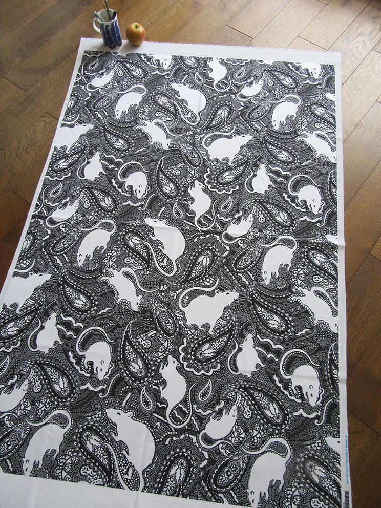 white-rats-on-black-paisley-background-print-fabric-design-by-Paisley-Power