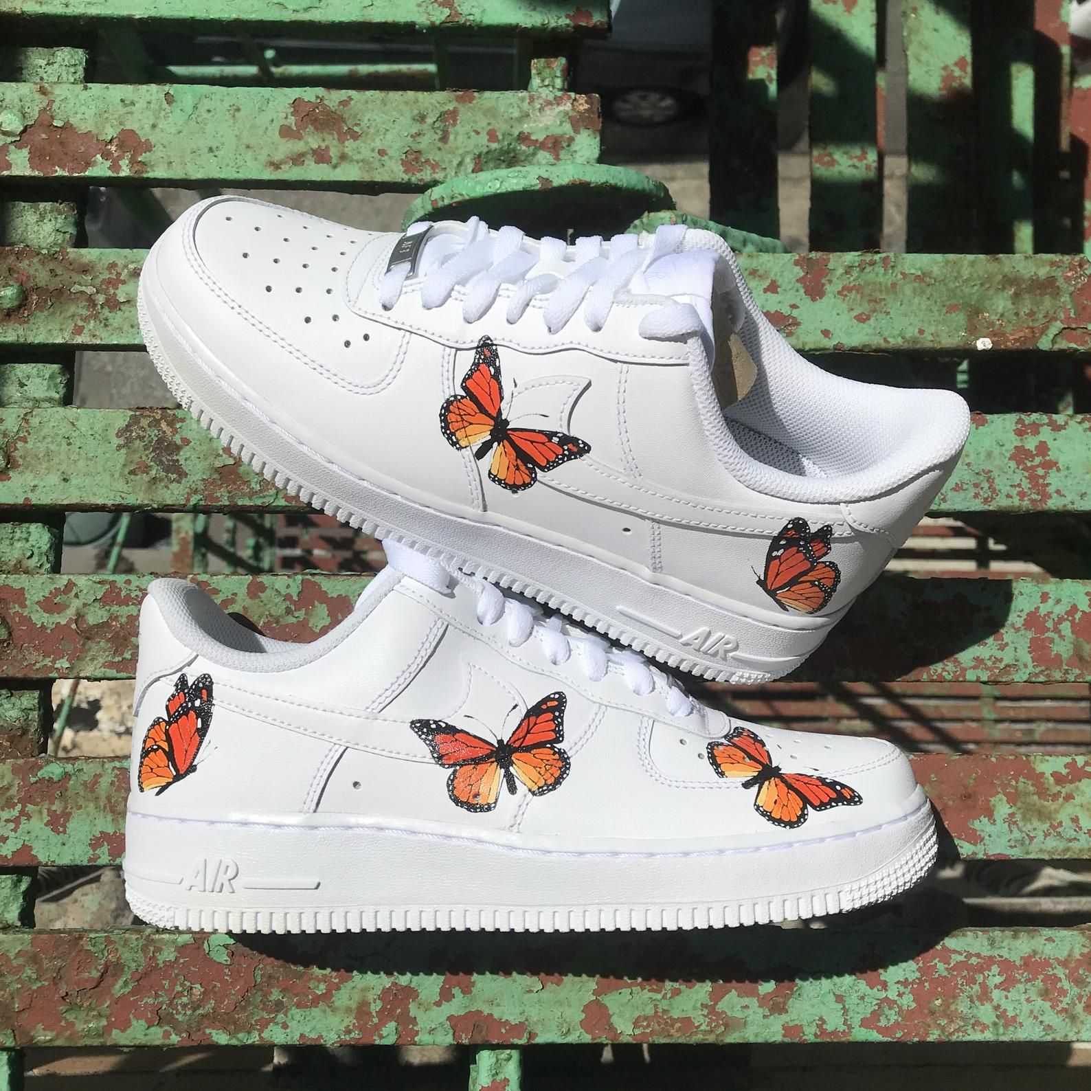 Custom Sneaker Nike Air Force 1 Gradient Butterfly Gucci