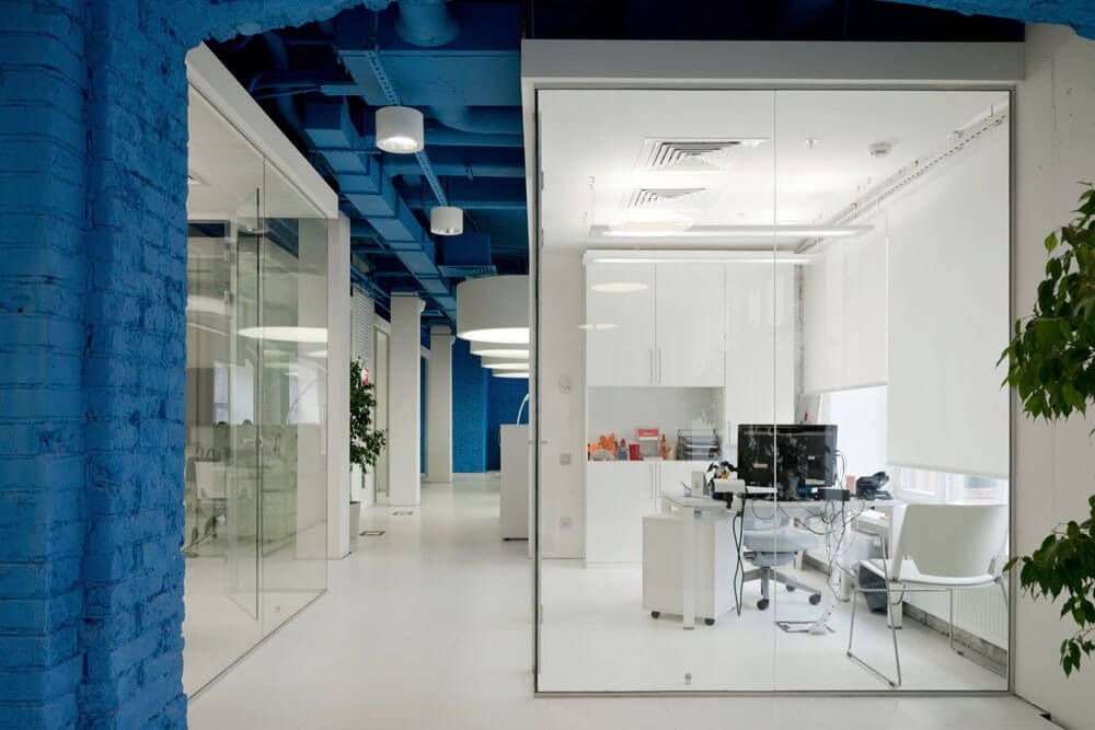 Vibrantly Colored Media Agency Office Design in Moscow -   - office designer online free
