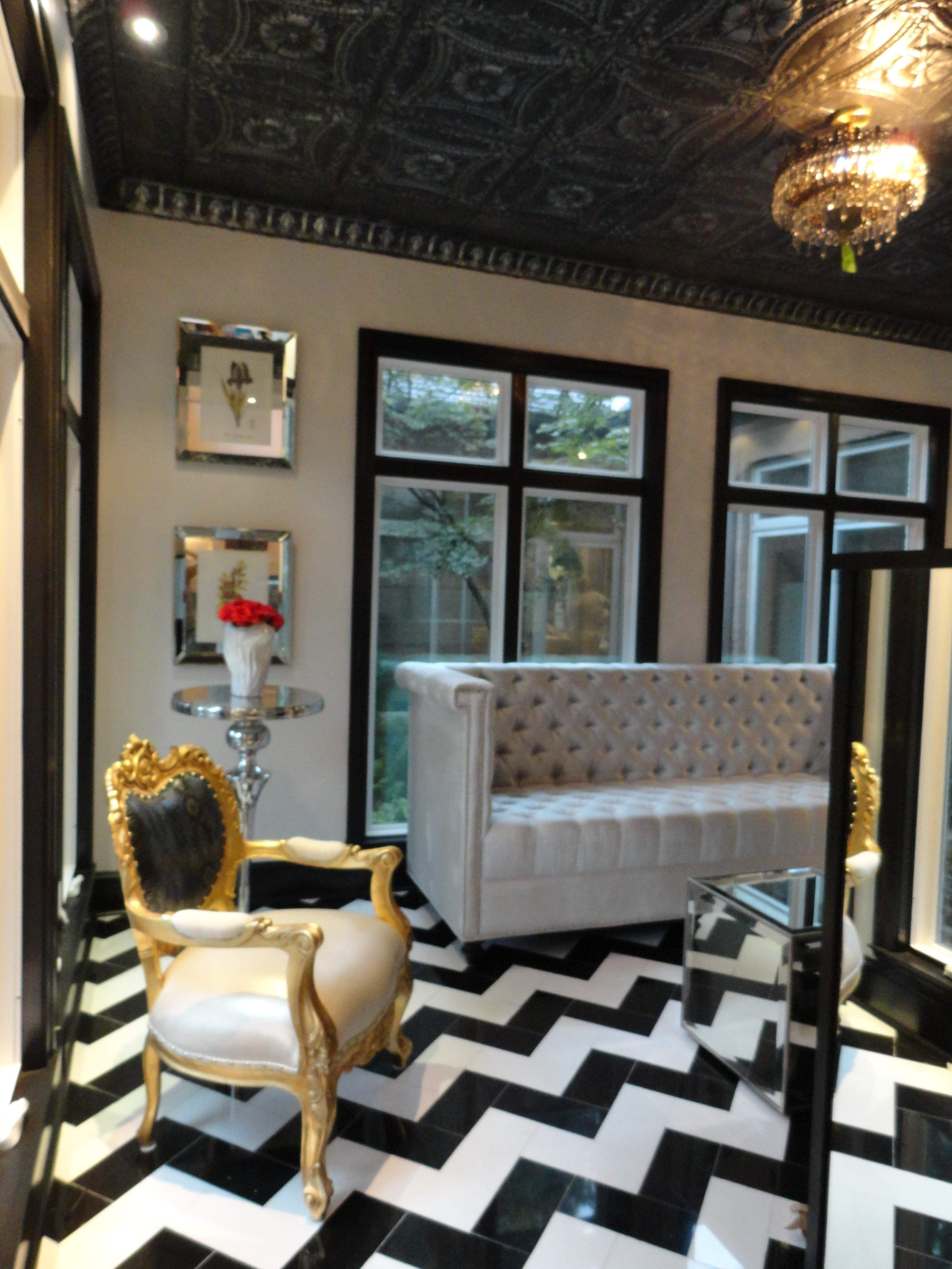 Barque Decor Living Room: Modern Baroque Done Well...one Of My Fave Styles