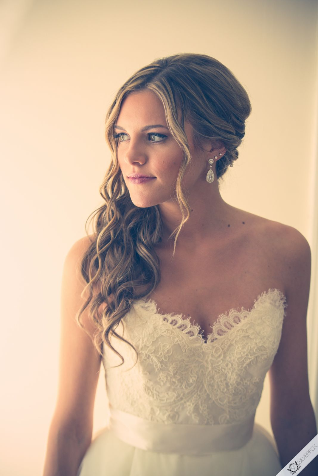 Beautiful Bridal Look Loose Romantic Side Ponytail Strapless