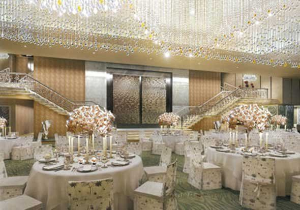 This Is The Main Dining Area In Mukesh Ambani S Billion Dollar Home