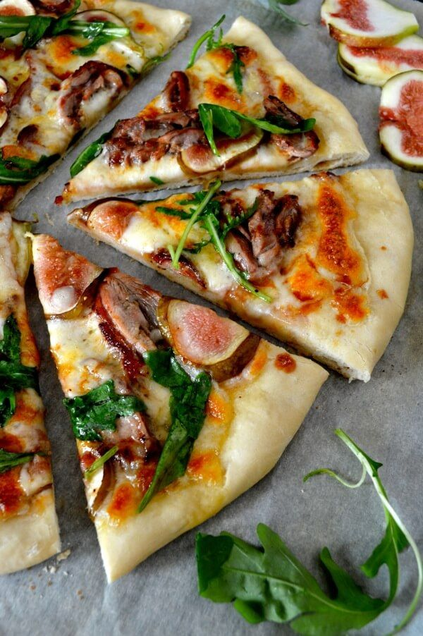 Roast Duck Pizza With Figs And Arugula Recipe Recipes Roast Duck Pizza Recipes