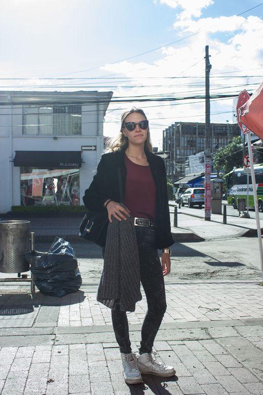 Nuevas fotos de Street Style Bogotá con Sty-Co.  New pictures of the project Street Style Bogotá with Styco. #StreetStyle #Fashion #FashionBlog #FashionBlogger #Bogotá #Style #Moda #Outfit #ootd #StyleBlog Walkscapades - Juan P. Lozano